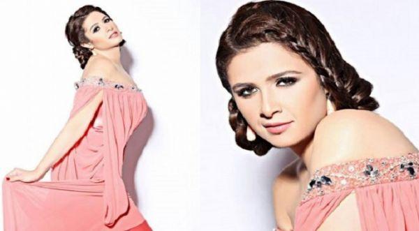 هذه هي الصورة التي أشعلت حملة إنتقادات ضد الفنانة ياسمين عبد العزيز